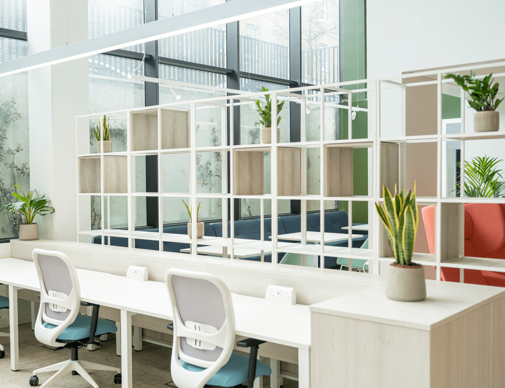 Qme-workspace-gallery-image-hot-desk-1