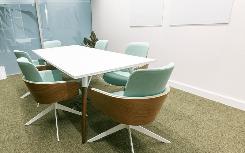 Qme-workspace-gallery-image-meeting-room-1