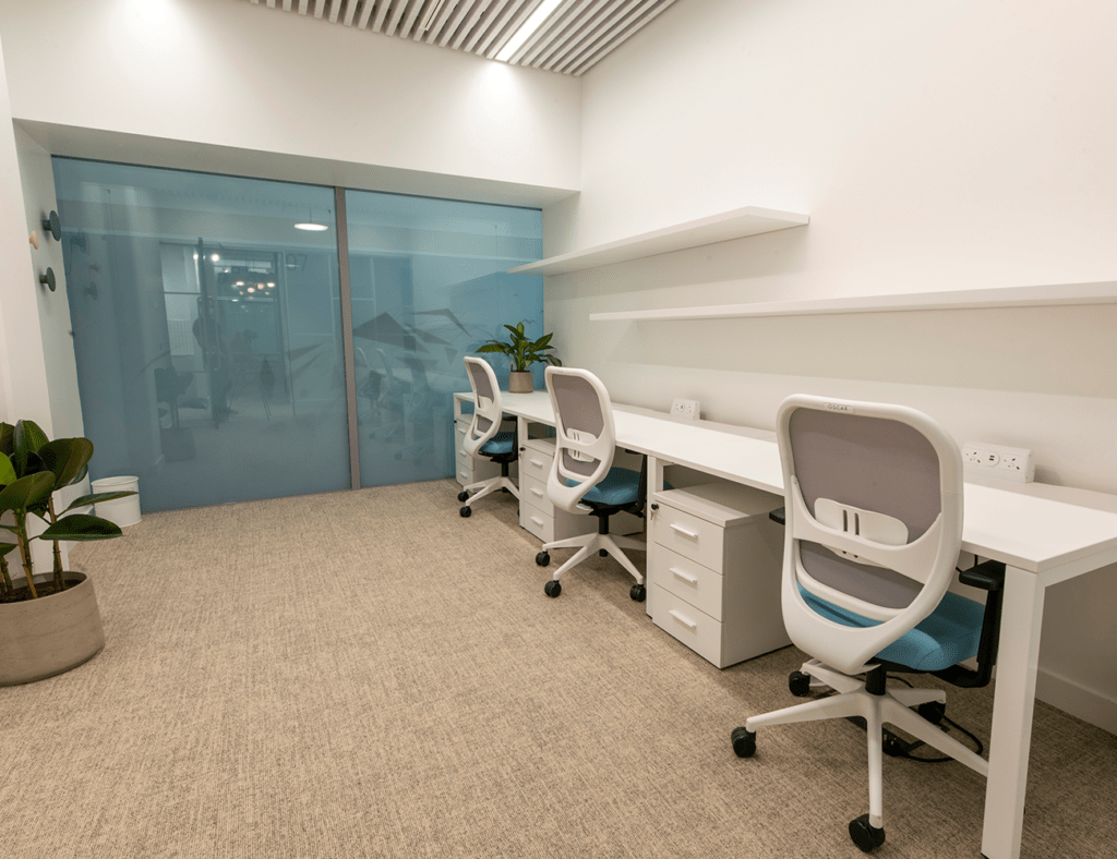 Qme-workspace-gallery-image-office-1